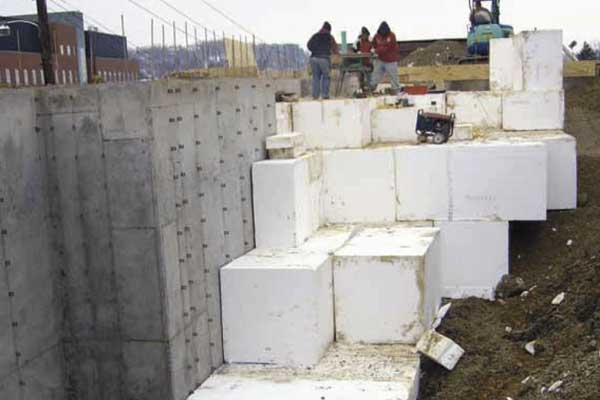 Retaining Wall Backfill and Seismic Buffer with Geofoam